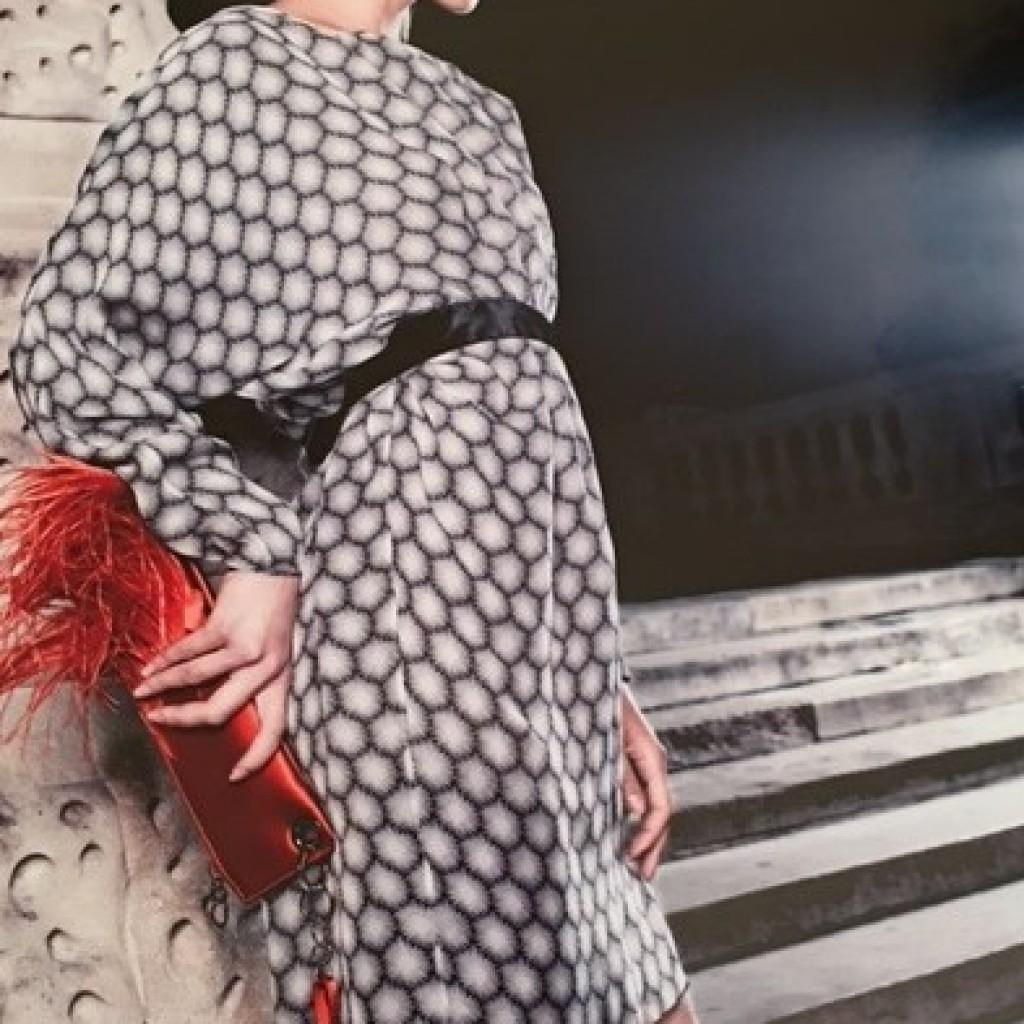 Fashion - Stair Lean